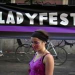 4341-03-ladyfilmine