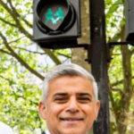 Londra, anche i semafori sono gay: l'iniziativa del sindaco musulmano