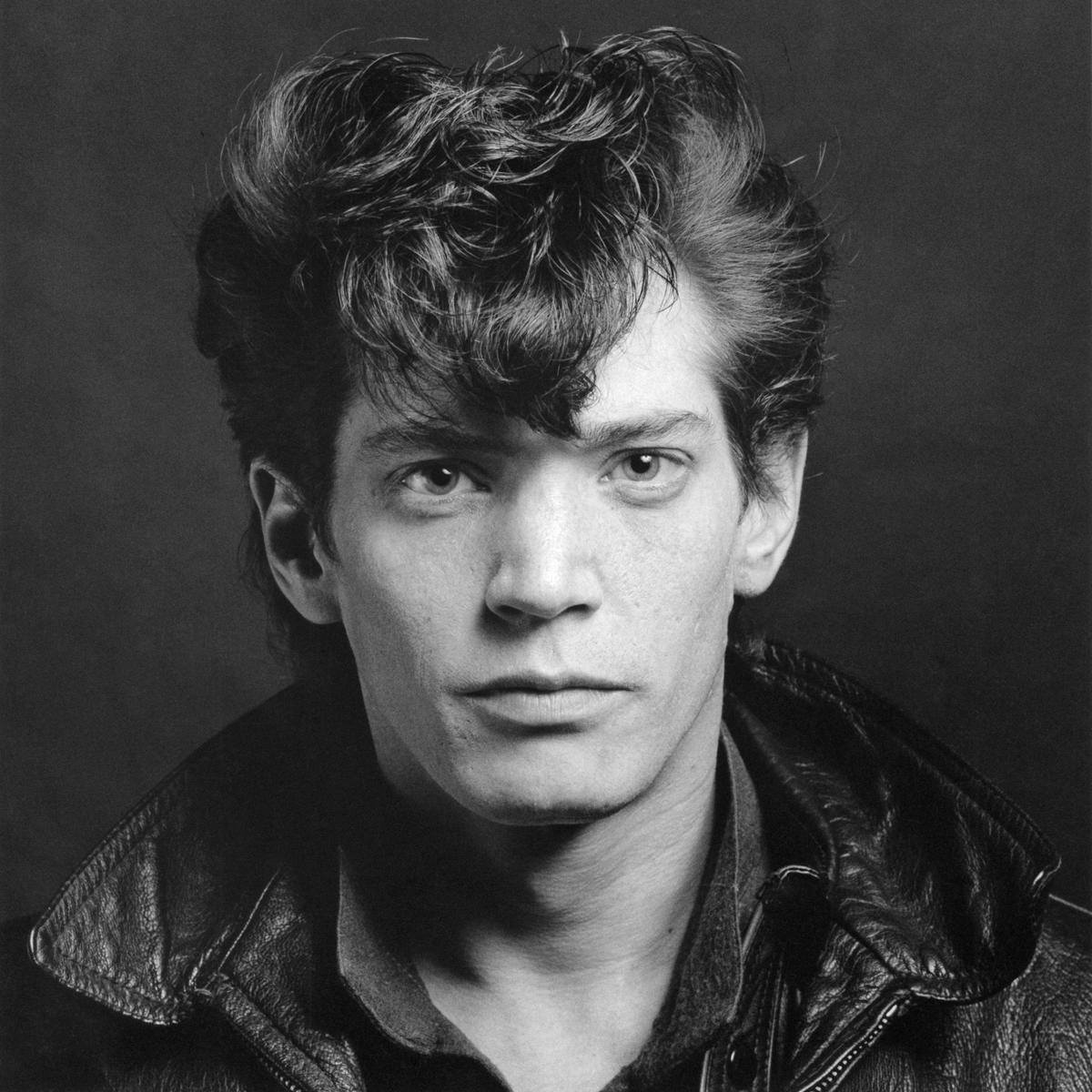 Mapplethorpe: Look at Pictures
