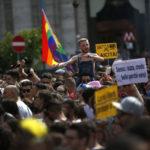Come a Stonewall, gli omofobi e i fascisti si combattono, non si sdoganano