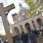 Preghiera gay, Santuario blindato «Siamo qui per capire e dialogare»